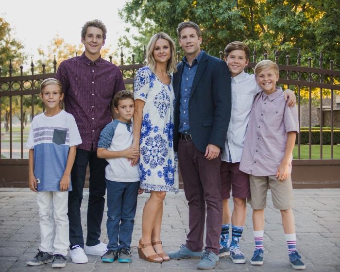 Larsens-family pics-The Pecans-1025