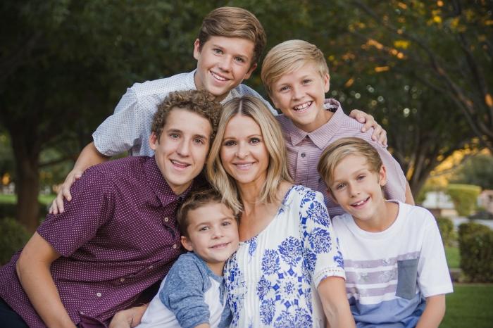Larsens-family pics-The Pecans-1081